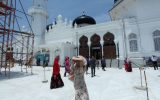 Panasnya Masjid Raya Baiturahman. (Foto PM/Oviyandi Emnur)